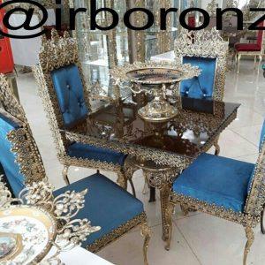 میز ناهار خوری چهار نفره برنجی مدل تاجدار میز چهار پایه صندلی