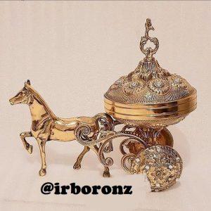 شکلات خوری برنزی مدل اسب کالسکه ای
