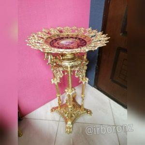 کنارسالنی میوه خوری برنزی مدل چهارپایه مجسمه بانو با بشقاب سرمه ای